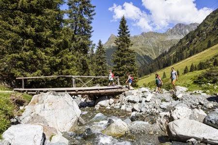 Klettersteige in Vorarlberg | volunteeralert.com