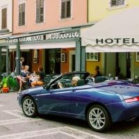 Reizvolle Gardasee-Tour im Alfa Romeo Spider