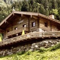 Inmitten der Kitzbühler Bergwelt aufwachen!
