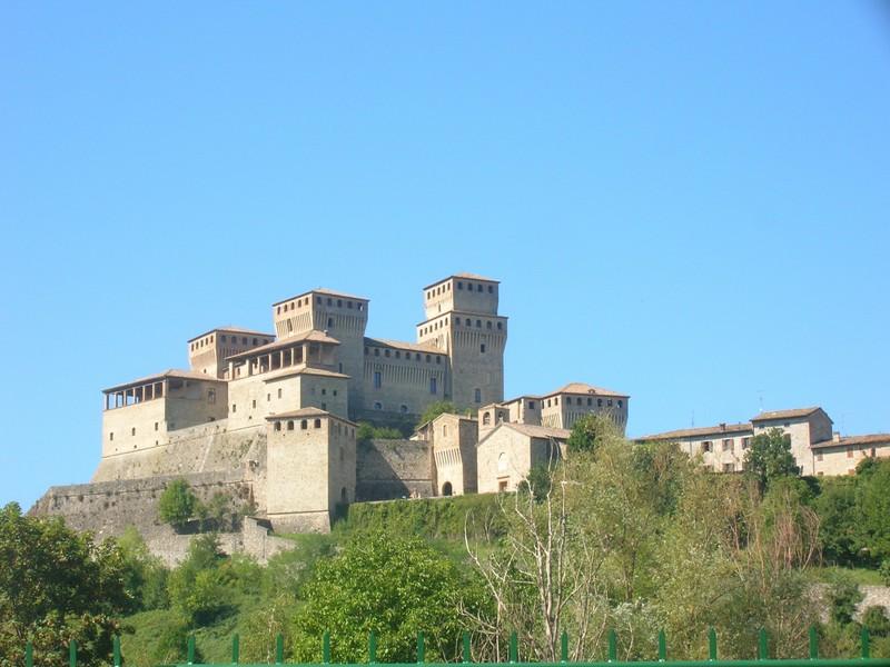 Destinazione_Turistica_Emilia_-_Castello_di_Torrechiara_-_Foto_di_Tiziana_Azzolini_(1)