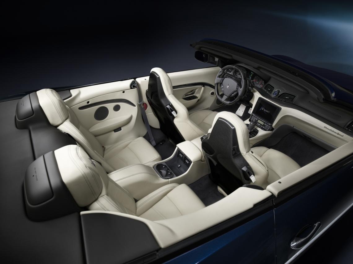 Small-12791-MaseratiGranCabrioSportMY18-interni