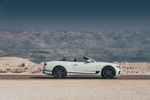 Bentley Continental GT Convertible 15