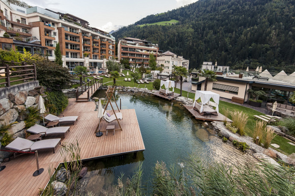 Hausansicht © Quellenhof Luxury Resort Passeier