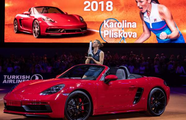 high_karolina_pliskova_porsche_tennis_grand_prix_2018_final_stuttgart_2018_porsche_ag