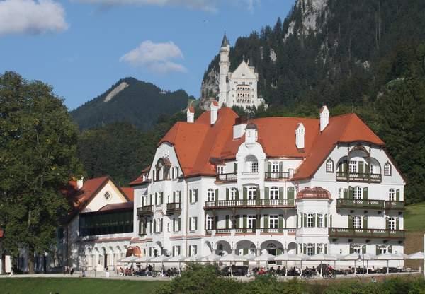 AMERON Neuschwanstein_Außenansicht_Wittelsbacher Ausgleichsfonds, Foto Thomas Günter