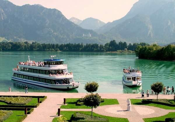 Füssen im Allgäu: Schiffsrundfahrten auf dem Forggensee