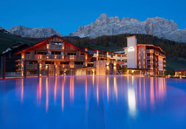Hotel Fanes - Sky Pool 1 © Hotel Fanes