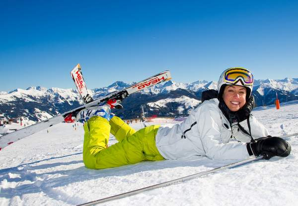 ski-lady-winter