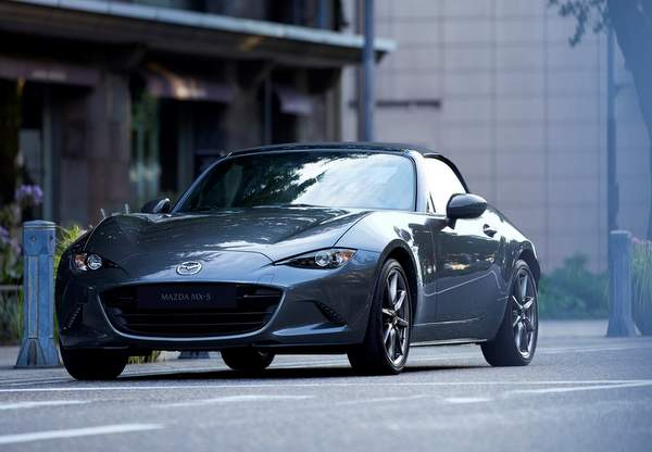2019_MX-5_IPM3_Softtop_GER_LHD_C03_Ext_FQ