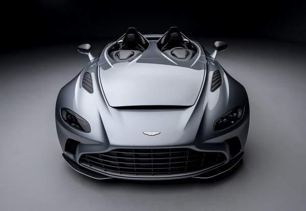 Aston Martin V12 Speedster.