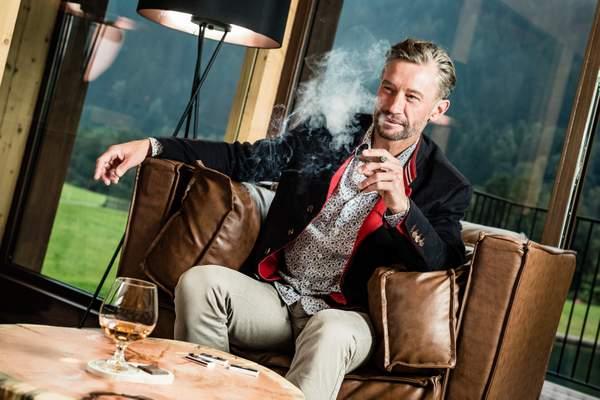 schneeberg-raucherlounge2