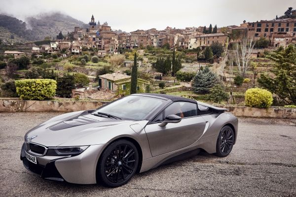 P90301797_lowRes_bmw-i8-roadster-04-2