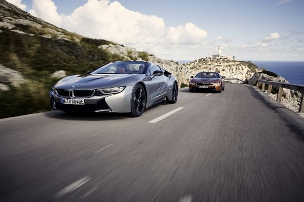 P90301808_lowRes_bmw-i8-roadster-04-2