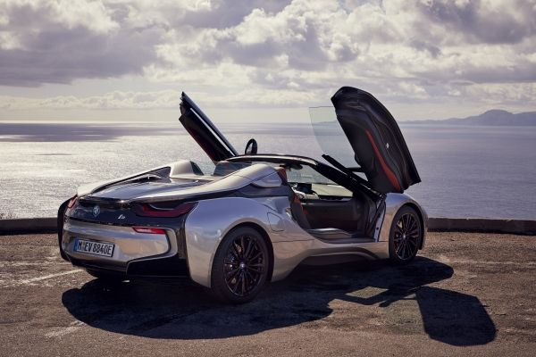 P90301812_lowRes_bmw-i8-roadster-04-2