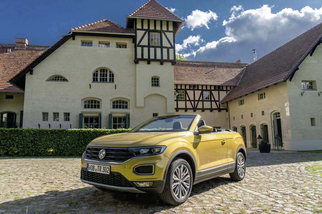 "Story ""Holiday feeling with the T-Roc Cabriolet in Germany's H"